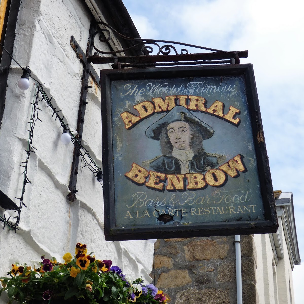 Admiral Benbow, sign